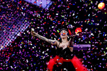 Mon Laferte Deftly Marries Music and Politics at Festival During Chilean Unrest