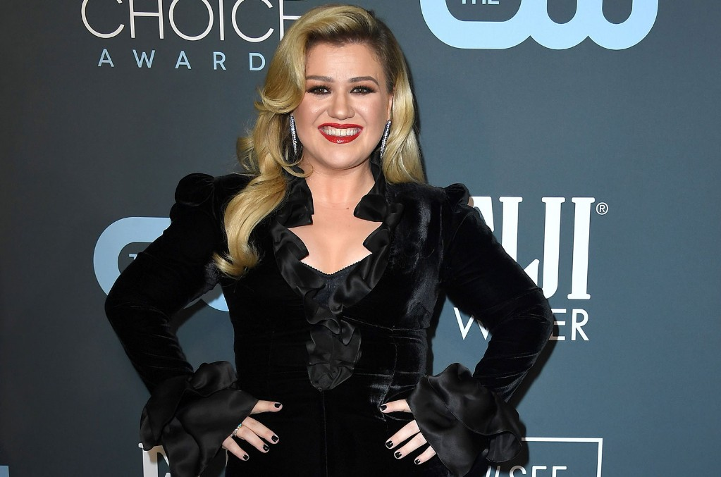 Kelly Clarkson Covers 'It's Quiet Uptown' from 'Hamilton' Ahead of Disney+ Stream: Watch