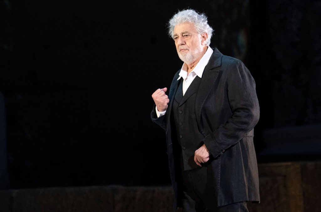 Placido Domingo Christmas Eve New York 2020 Opera Union Board Member Alleges Cover up In Placido Domingo