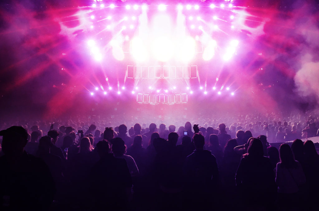 Concert crowd, touring