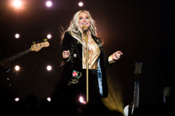 Kesha, Anthony Hamilton & More Perform for 'Team Joe Sings' Concert Series Supporting Joe Biden & Kamala Harris
