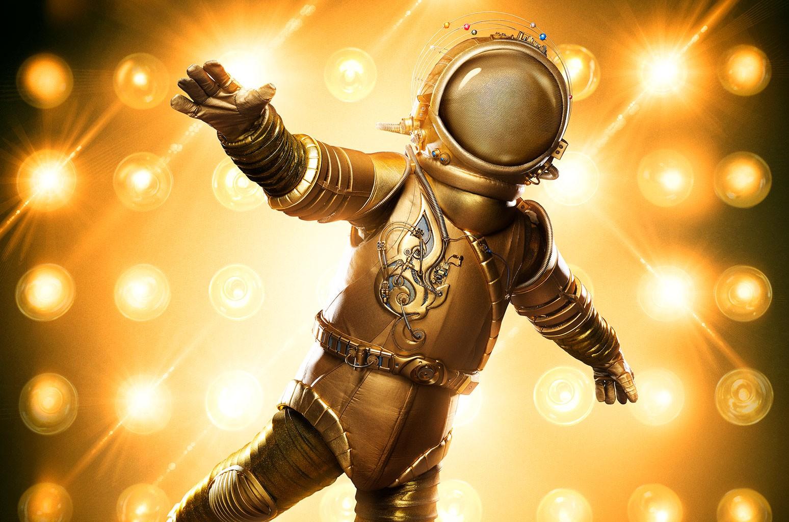 astronaut masked singer