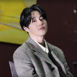 EXO's Suho Makes Debut on World Albums With 'Self-Portrait' Solo EP