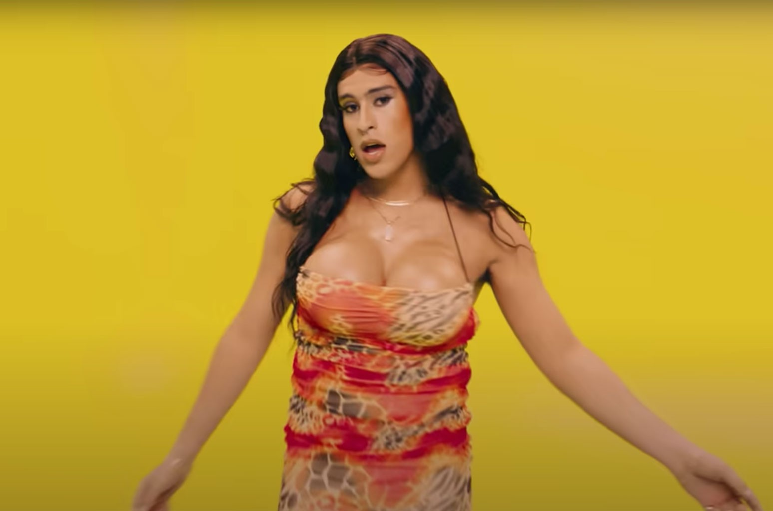 Everything You Need To Know About The Making Of Bad Bunny S Yo Perreo Sola Video Billboard