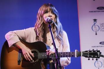 Kany Garcia Takes Fans on a 'Mesa Para Dos' Journey in Heartfelt Virtual Concert