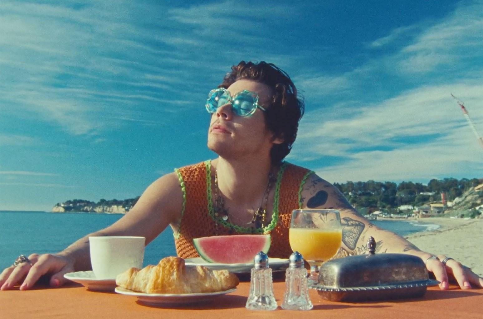 "Harry Styles, ""Watermelon Sugar"""