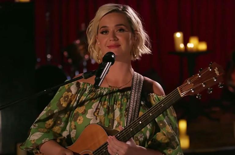 Katy Perry iHeartRadio Living Room Series
