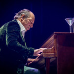Hans Zimmer Composed a Second Original Score for 'Dune' thumbnail
