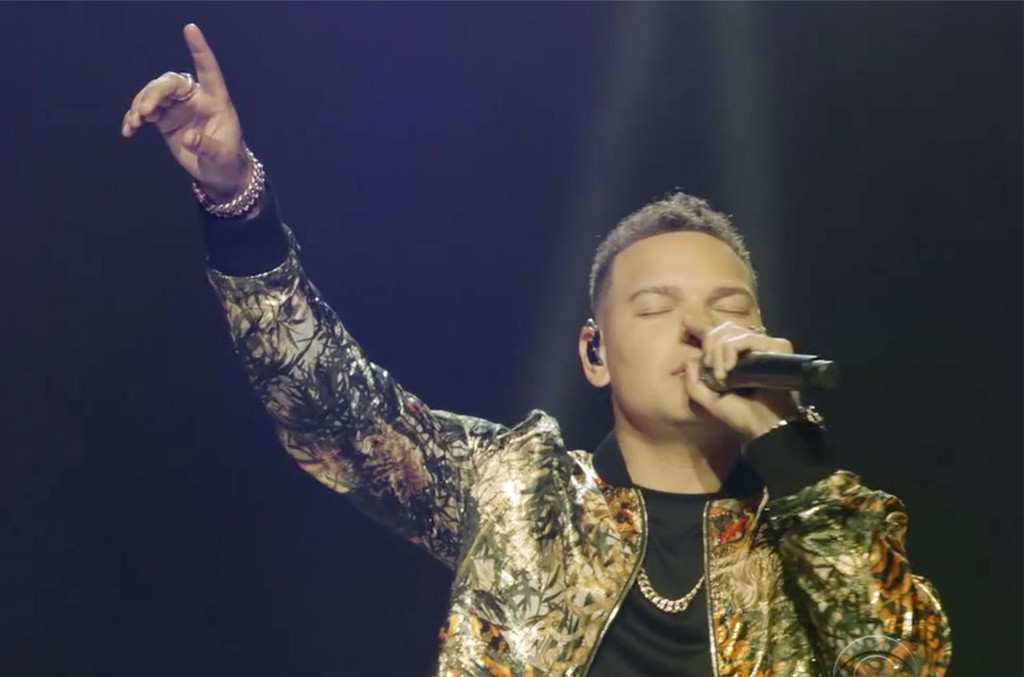 Photo of Jonathan McReynolds & Kane Brown Perform Uplifting 'People' & 'Worldwide Beautiful' at 2020 BET Awards | Billboard