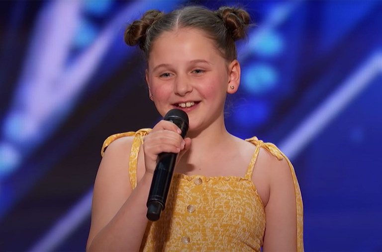 Watch This 12 Year Old Nail Tones And I S Dance Monkey During Her Agt Audition Billboard