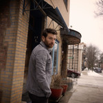 Brett Eldredge Gets Surprise Visit From a Bear at His Home Garage: 'Had a New Friend Waiting to Say Hello' thumbnail