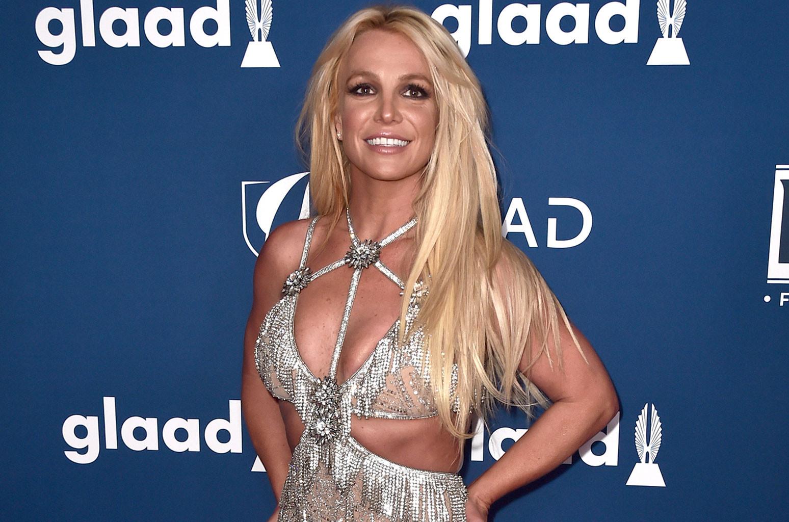 Britney Spears Is Demanding Attention With Stunning Body Henna Billboard