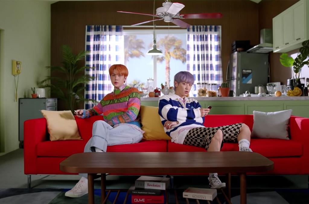 Exo SC's 'Telephone' Video: Watch