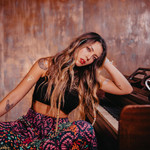 Latin Artist on the Rise: Meet Pitizion, the Singer Who Is Changing Latin Pop With Her Modern Fusions