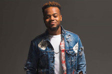 Travis Greene's 'Won't Let Go' Tops Gospel Airplay Chart: 'Even in Tragedy, God Is Faithful'