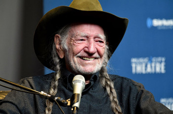 Willie Nelson Makes Billboard Top Country Albums History With 'First Rose of Spring'