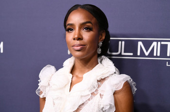 Kelly Rowland Talks Living in Beyoncé's Shadow for a 'Whole Decade'