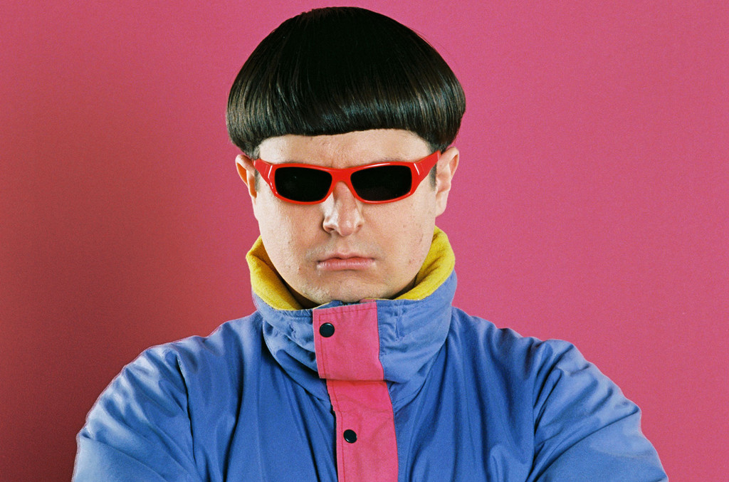 The 27-year old son of father (?) and mother(?) Oliver Tree in 2020 photo. Oliver Tree earned a  million dollar salary - leaving the net worth at  million in 2020