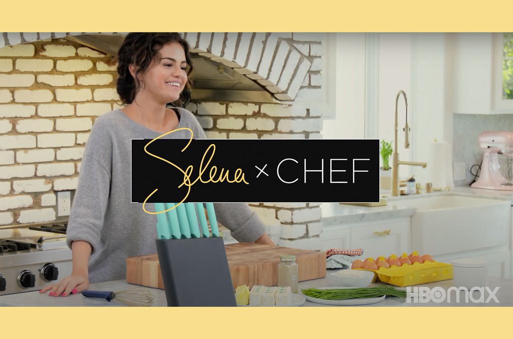 Selena Gomez prepara un pulpo y enciende el horno en el tráiler del programa de cocina 'Selena + Chef': Ver | Cartelera