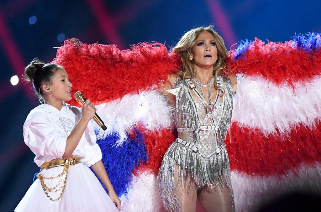 Emme Maribel Muñiz and Jennifer Lopez