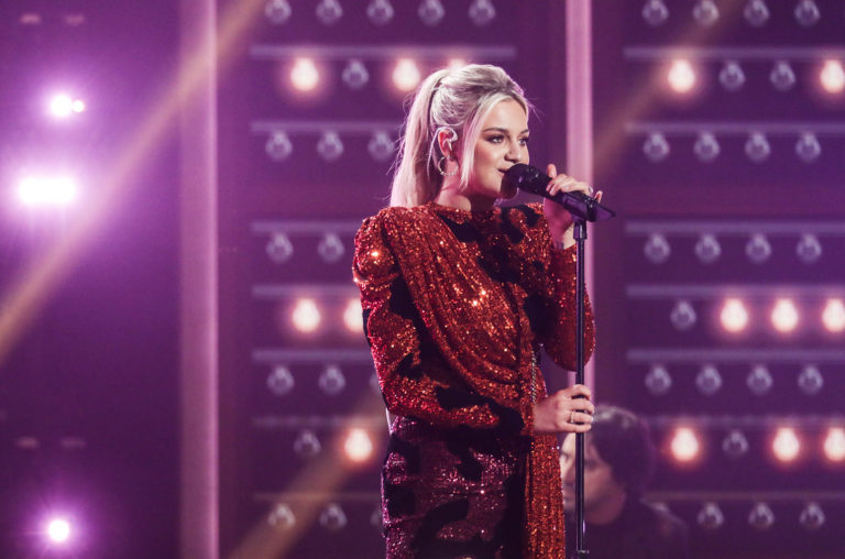 Best Country Albums 2021 Kelsea Ballerini Debuts in Top Country Albums Chart's Top 10