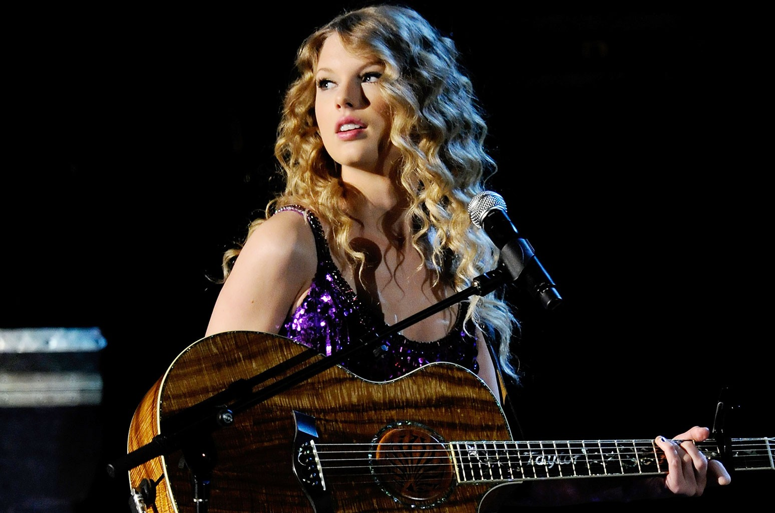 What S Your Favorite Song From Taylor Swift S Speak Now Album Vote Billboard