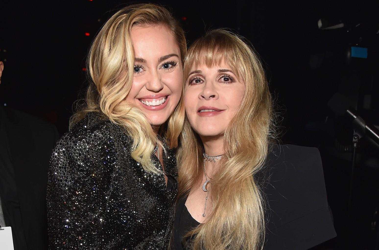 Miley Cyrus, Stevie Nicks