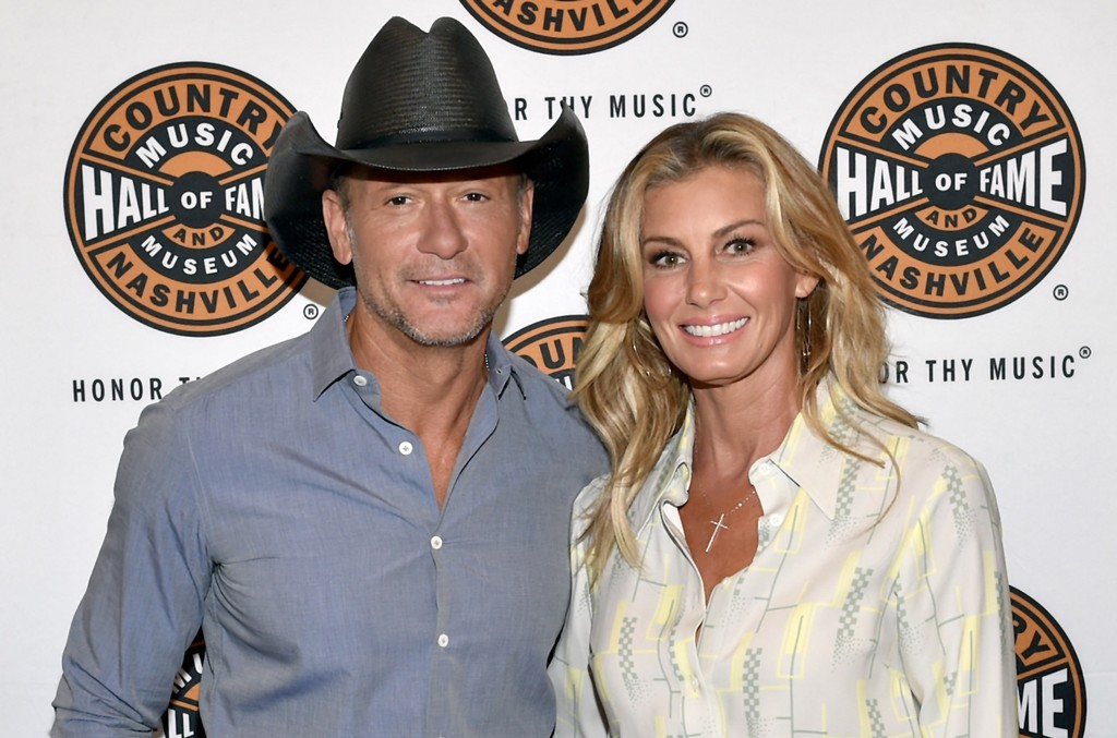 Watch Tim McGraw & Faith Hill's Daughter Gracie Flawlessly Belt 'The Wizard & I'