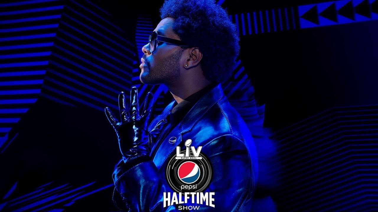 С кем Weeknd выступить на шоу в перерыве между Суперкубком 2021 года?  Голос!