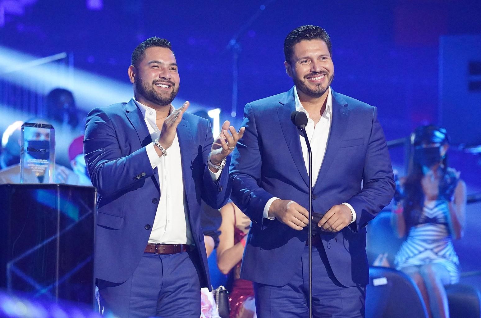 Banda Ms De Sergio Lizárraga Tops Regional Mexican Airplay Chart Billboard