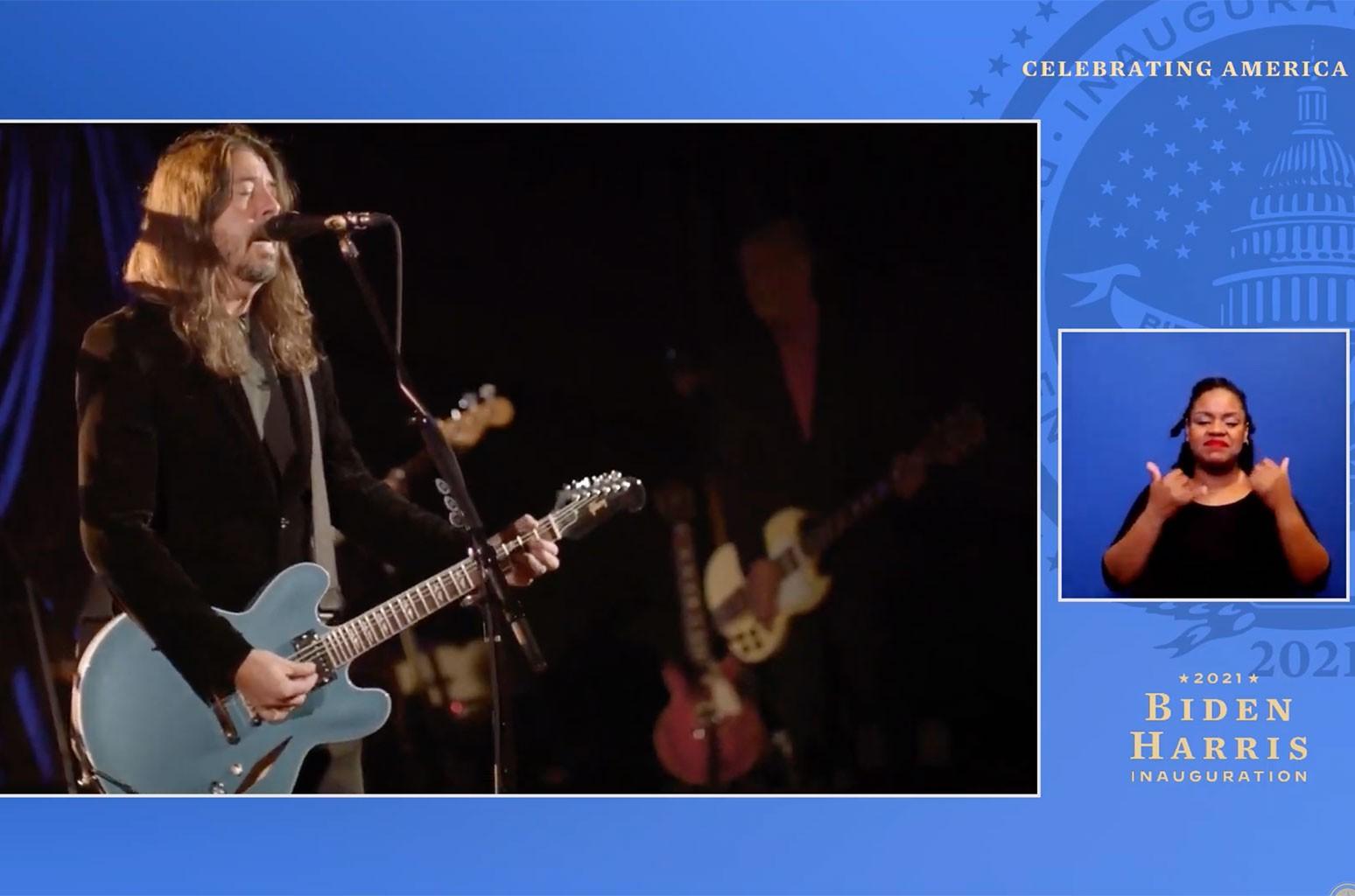 Foo Fighters посвящают такие моменты учителям в специальном выпуске, посвященном инаугурации «Celebrating America»