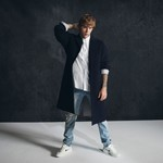 Justin Bieber Jumping on a Remix of WizKid's 'Essence,' His Personal 'Song of the Summer' thumbnail