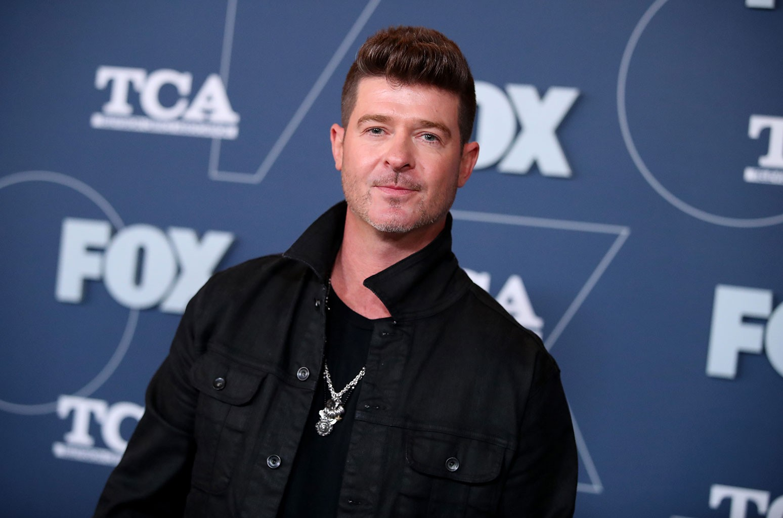 Robin Thicke Talks Growing Out of 'Bad Routines' Following the Success of 'Blurred Lines' & What the Song Mean - Billboard