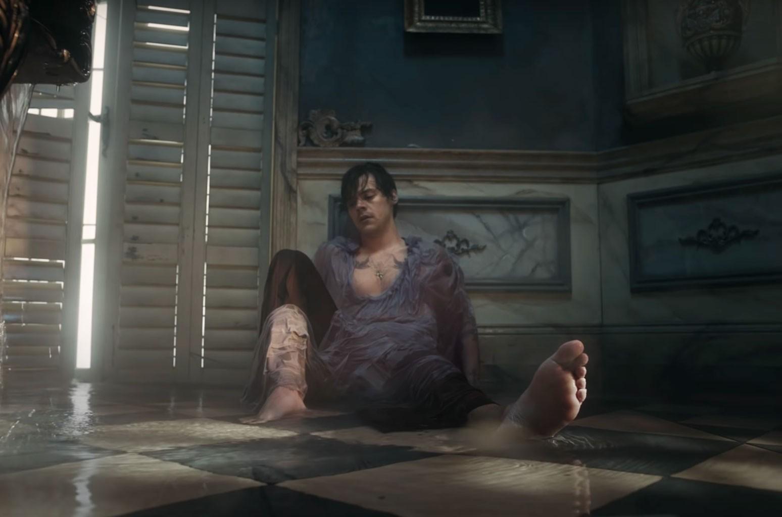 Видео Гарри Стайлса «Falling», «Mulan» и «Da 5 Bloods» в номинациях Гильдии арт-директоров
