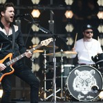 Royal Blood Storming to U.K. No. 1 With 'Typhoons'