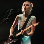 Wolf Alice Leap Into Top Spot on U.K. Midweek Chart With 'Blue Weekend'