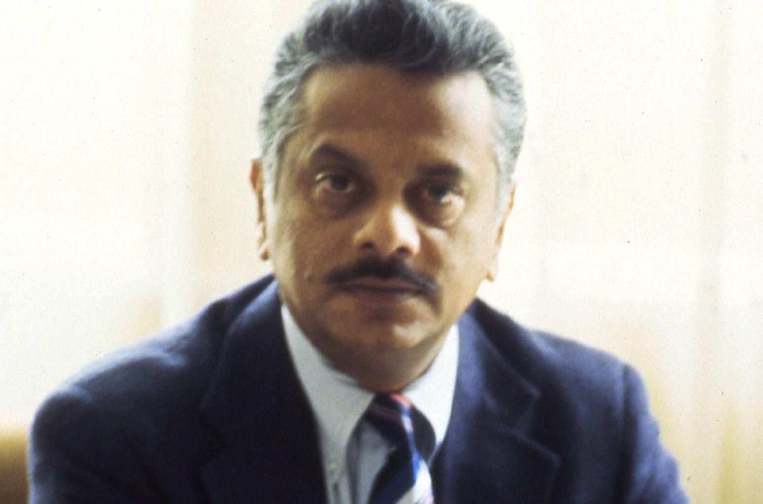 Бхаскар Менон, легендарный глава EMI и Capitol Records, умер в возрасте 86 лет