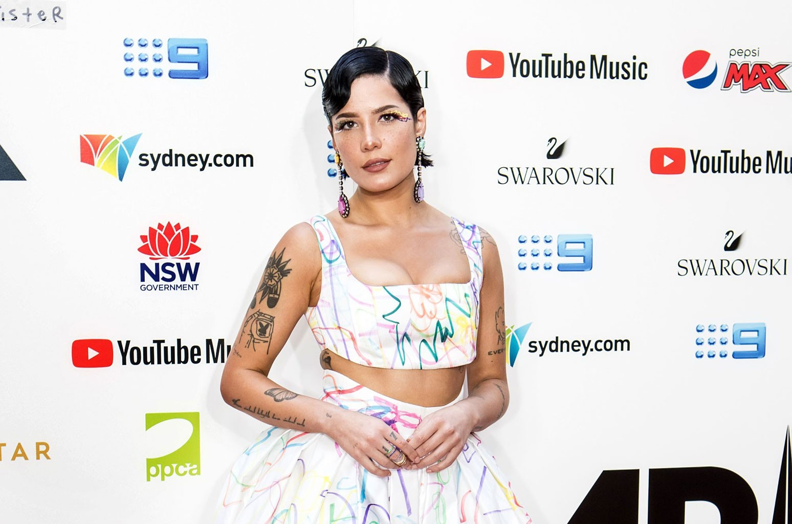 Halsey Explains Recent Change to Pronouns That Feel 'Most Authentic' For Her
