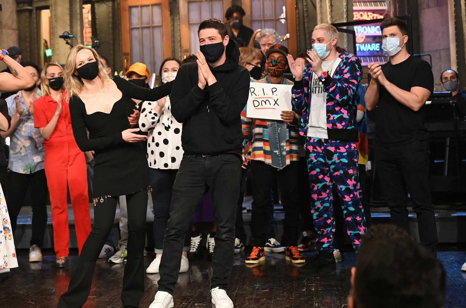 'Saturday Night Live' Jokes About DMX and Pays Tribute to Late Rapper