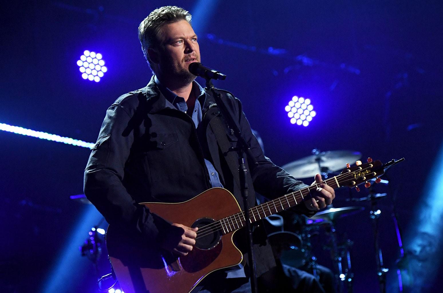 Blake Shelton Christmas Special 2021 Blake Shelton Austin And Minimum Wage At The 2021 Acm Awards Billboard