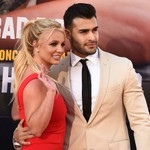 Britney Spears Thanks Boyfriend Sam Asghari for His Support Through the 'Hardest Years of My Life' thumbnail