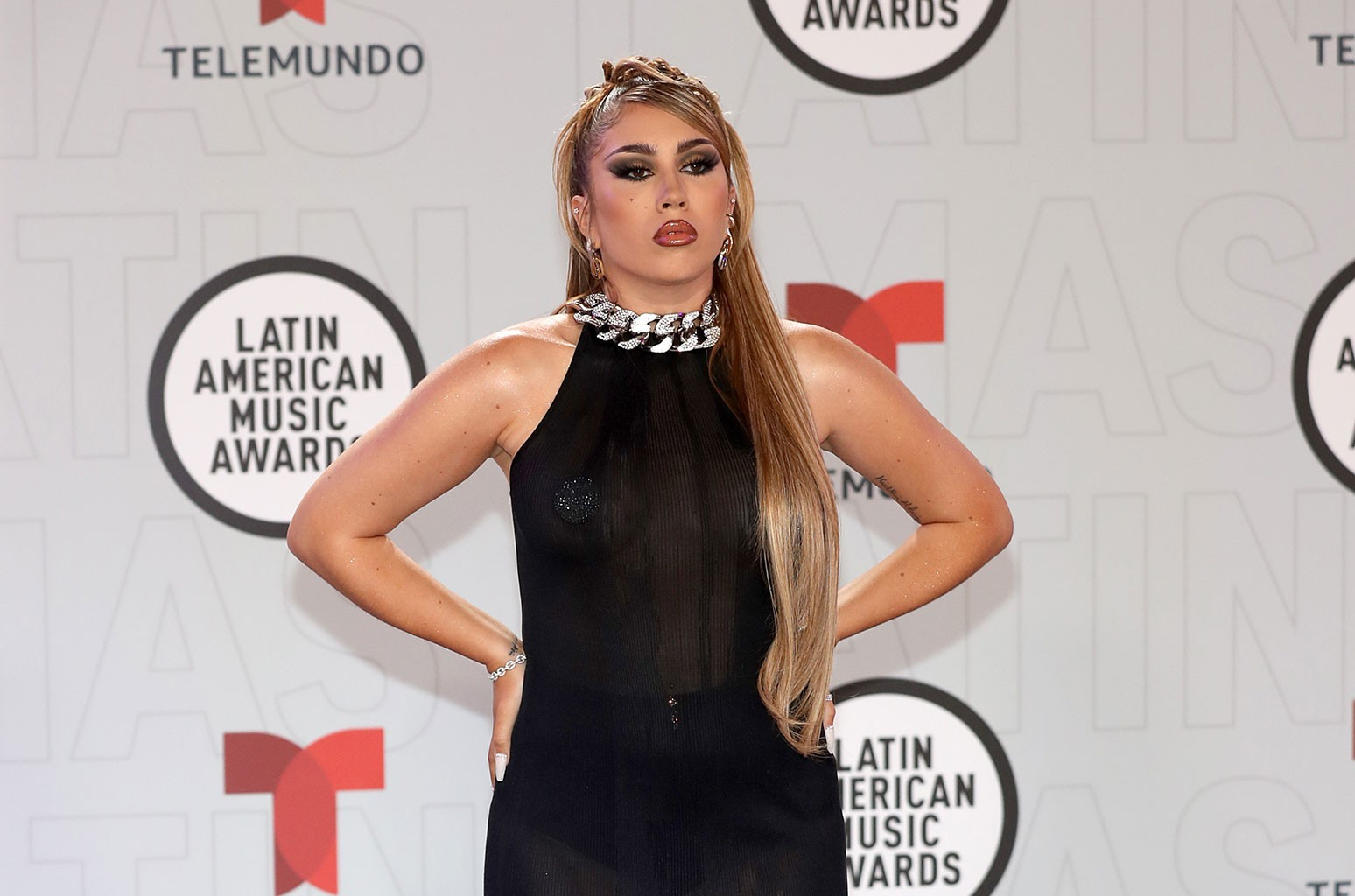 Latin AMAs 2021: 5 Things You Didn't See on TV