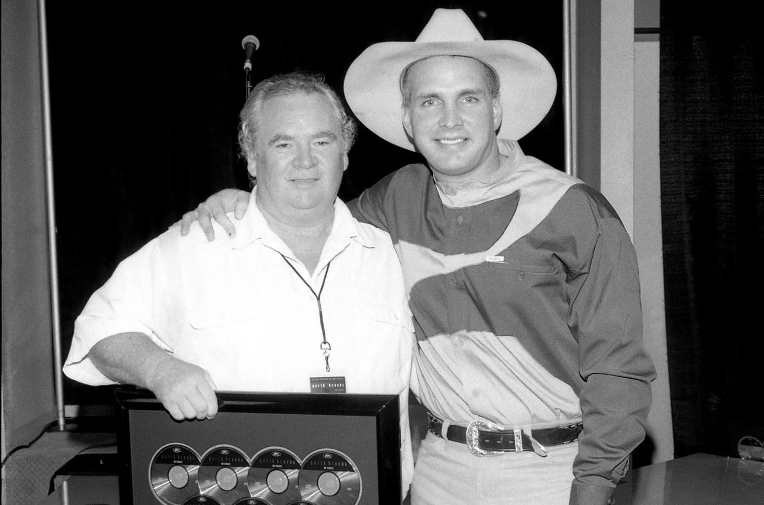 Garth Brooks Remembers Dewayne Blackwell, 'Friends in Low Places' Songwriter: Exclusive