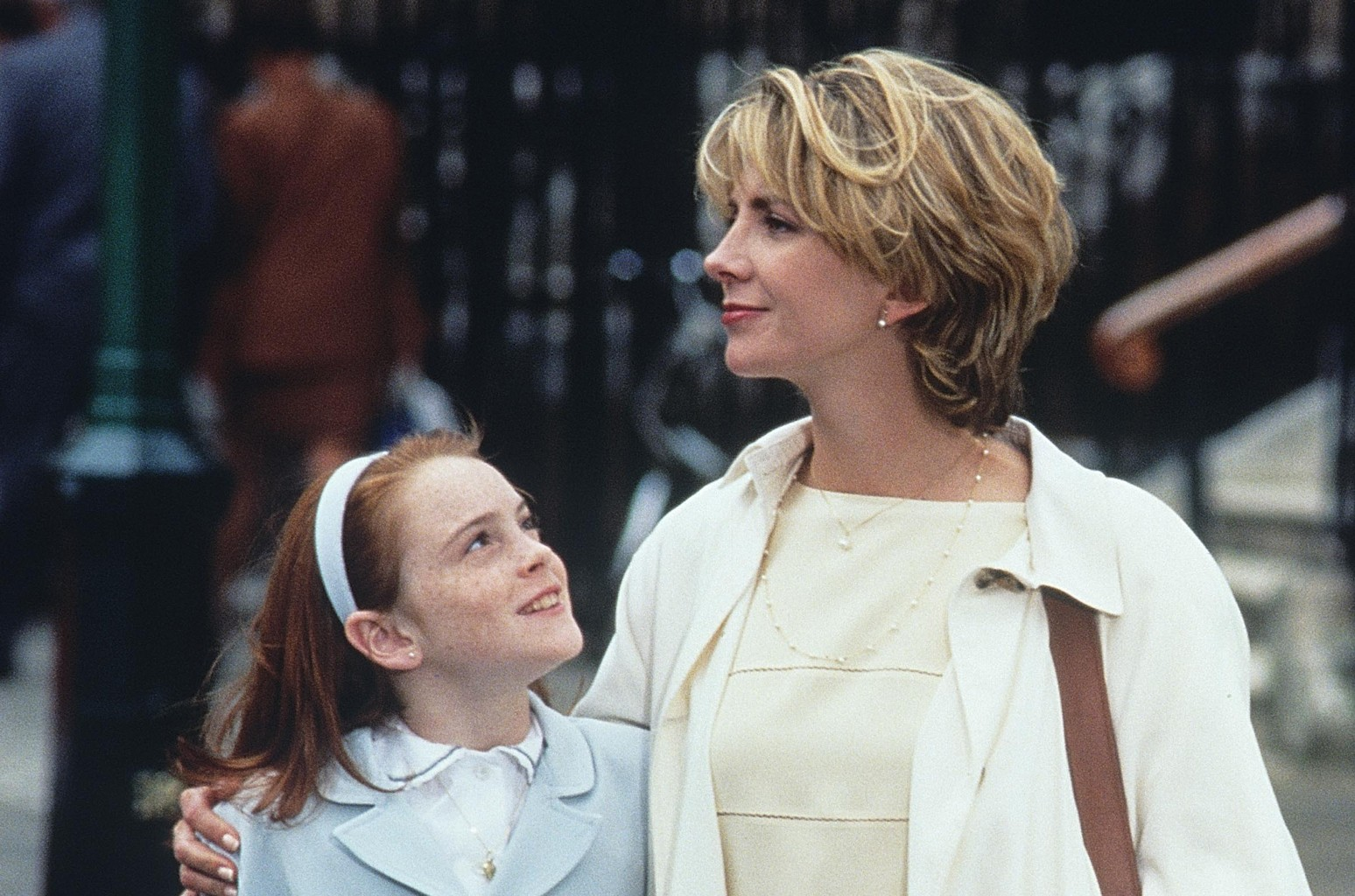 Lindsay Lohan Remembers Late 'Parent Trap' Mom | Billboard
