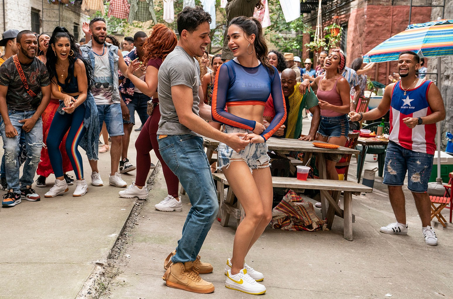Anthony Ramos Melissa Barrera In The Heights