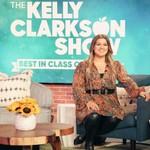 Kelly Clarkson to Take Over Ellen DeGeneres' Daytime Slot