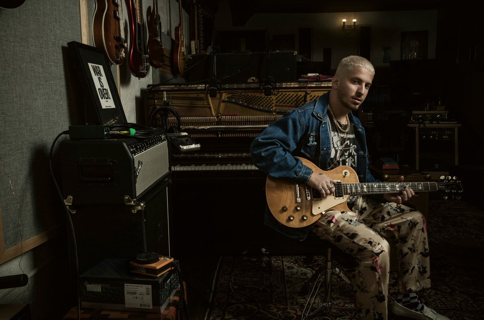 Watt Takes Us Inside Bieber's 'Peaches,' Miley's Stevie Nicks Remix & More of His Hit Collabs