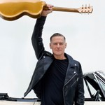 Bryan Adams Signs With BMG in First New Label Deal in 40-Plus Years thumbnail