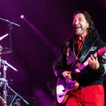 Los Bukis 'Sing to Love' at L.A.'s SoFi Stadium: 5 Best Moments From Reunion Concert thumbnail