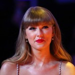 Taylor Swift Celebrates Anita Baker Getting Her Masters Back: 'What a Beautiful Moment'